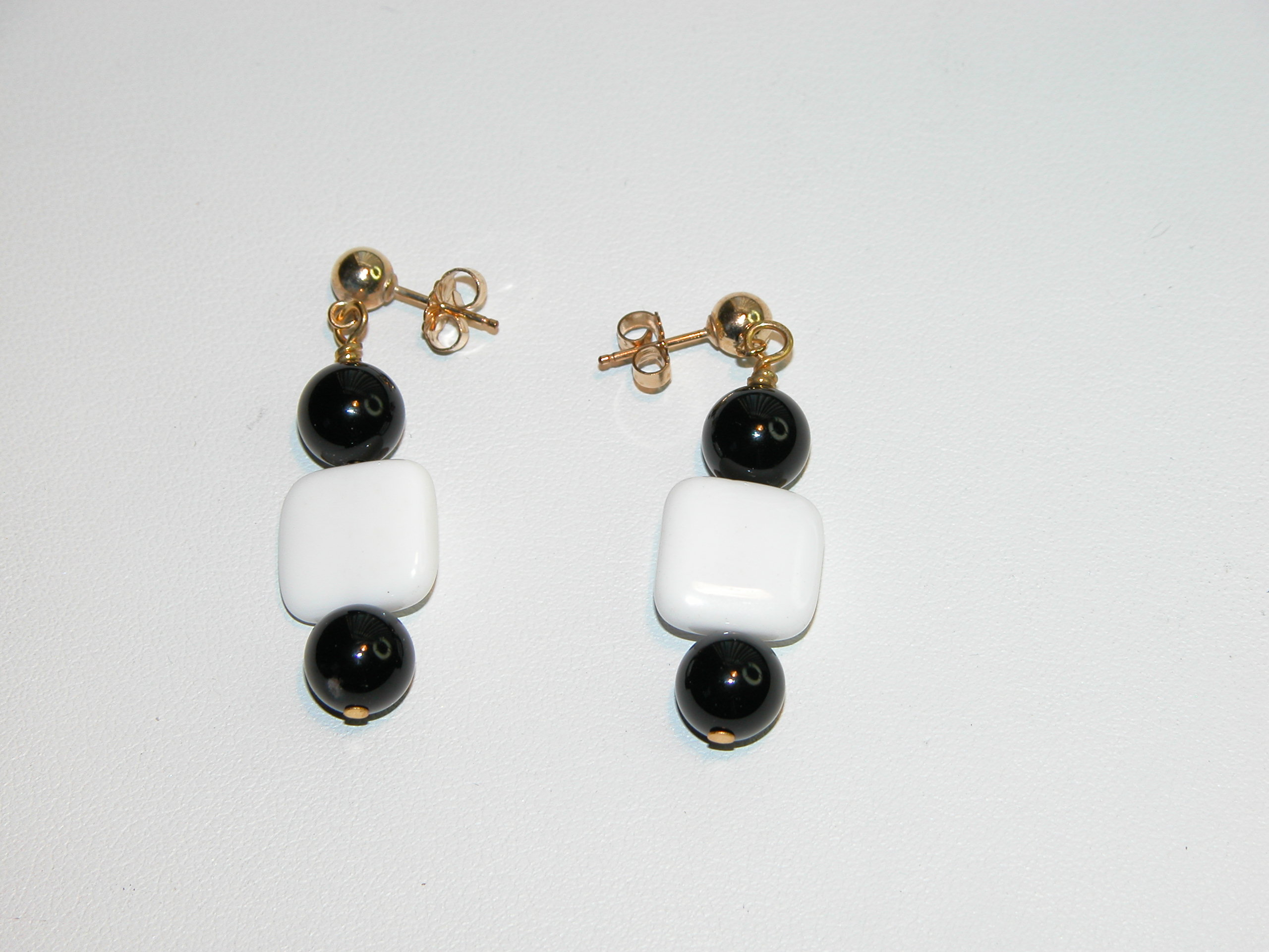 Black  White Collection - Ear Ring - 14 k GF pierced post
